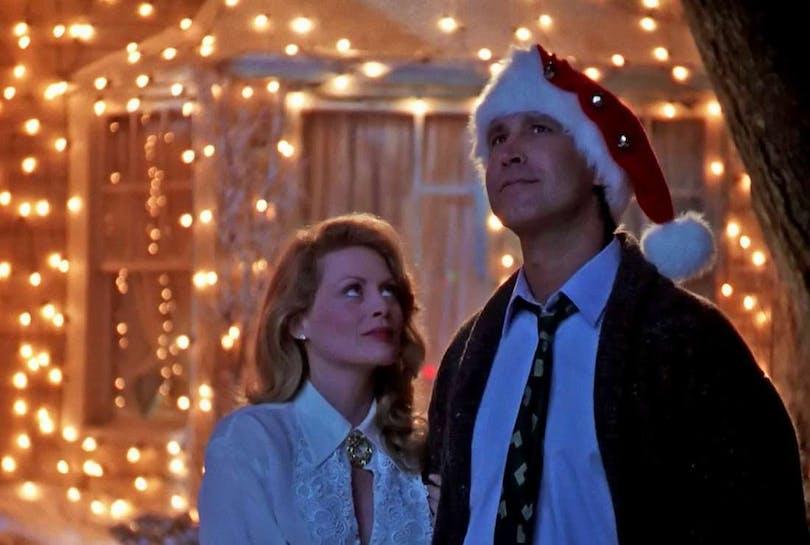 Föräldrarna i Ett päron till farsa firar jul.