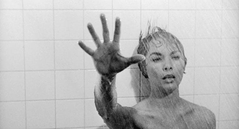 psycho är en av de bästa skräckfilmerna som gjorts!