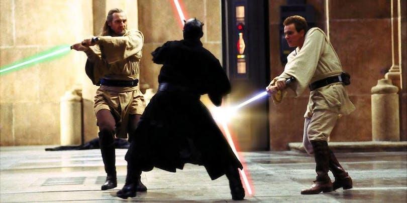 Qui-gon, Obi-wan och Darth Maul fäktas