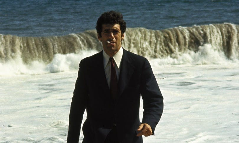 Elliot Gould som Philip Marlowe i The Long Goodbye.