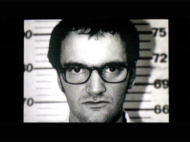 Bild på Quentin Tarantino i fängelset.