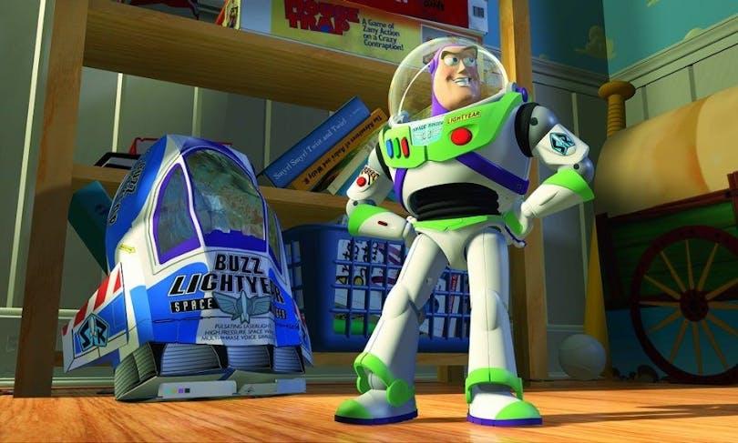 Bild på Buzz Lightyear från Toy Story. En klassisk och bra familjefilm.