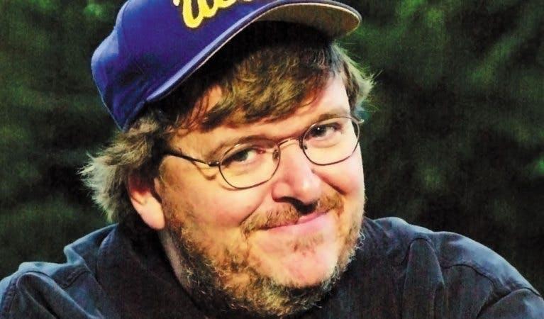 Dokumentärfilmskaparen Michael Moore släpper sajten TrumpiLeaks