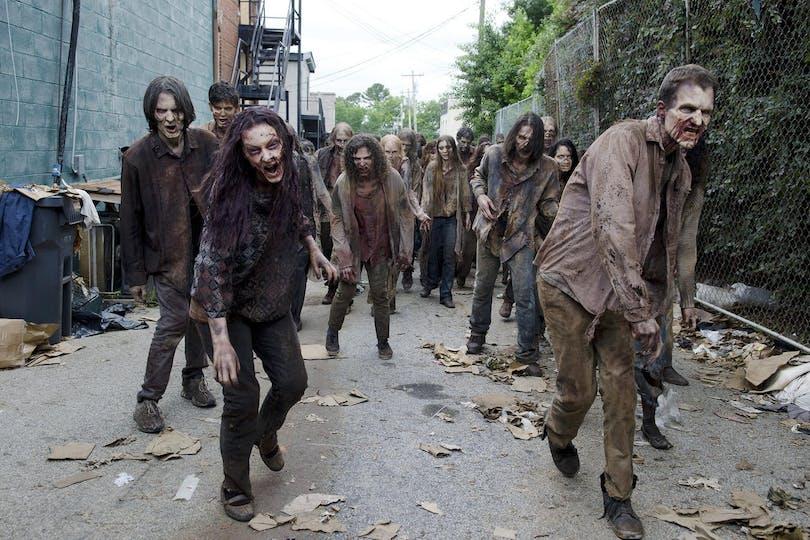 151026-news-walking-dead