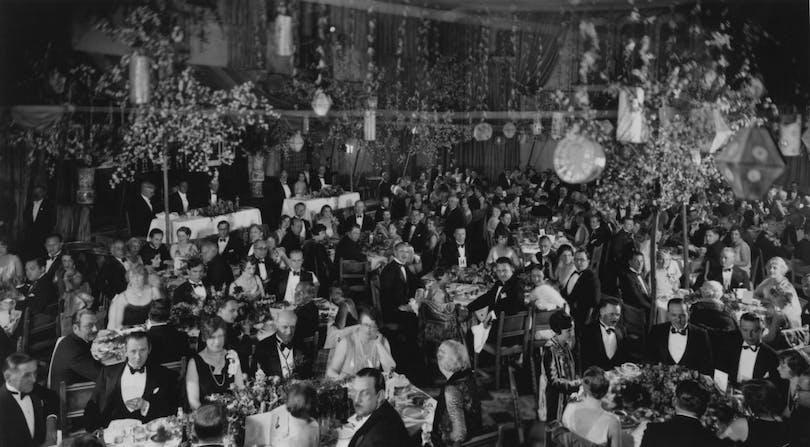 1927-28_iconic_banquet_2_0