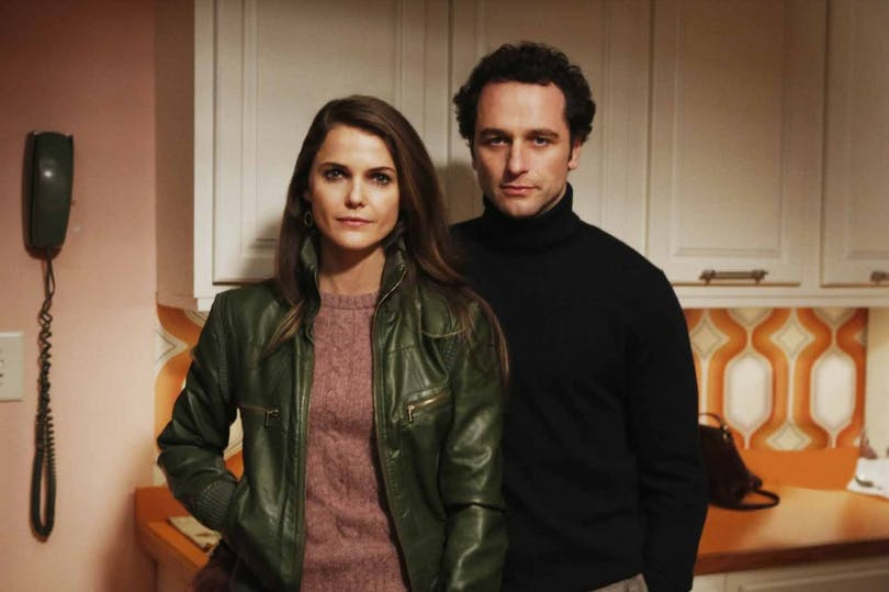 Keri-Russell-Matthew-Rhys-The-Americans-season-2-photo