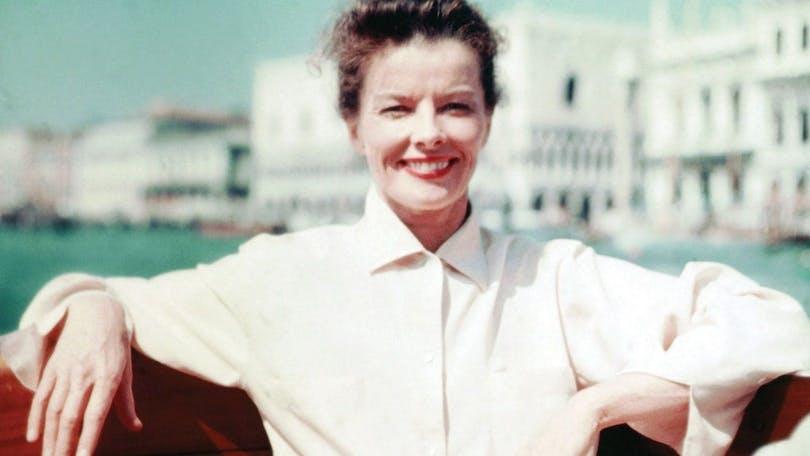 SUMMERTIME, (aka SUMMER MADNESS), Katharine Hepburn on location in Venice on set, 1955