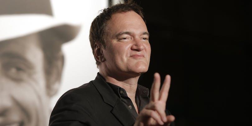 """Quentin Tarantino gör """"v-tecknet"""""""