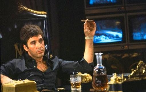 Remaken av Scarface förlorar återigen sin regissör