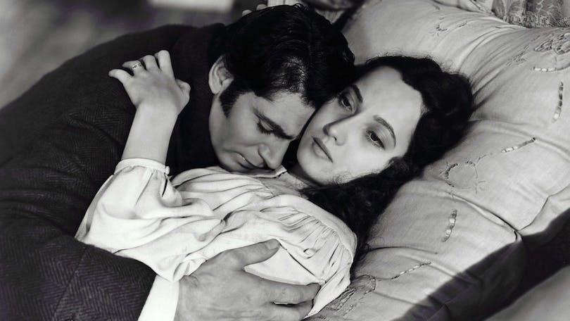 Laurence Olivier och Merle Oberon i Svindlande höjder (1939)