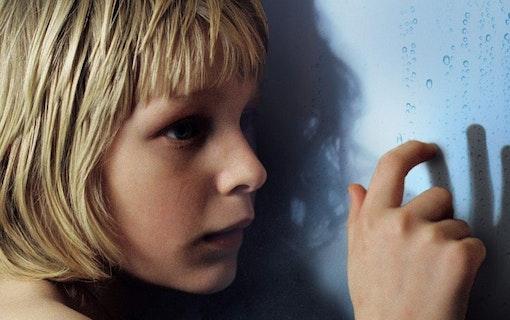 Original mot Remake: Låt den rätte komma in (2008) vs Let Me In (2010)