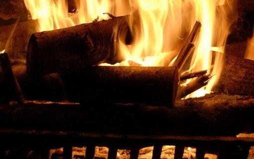 Klipp brasa som brinner