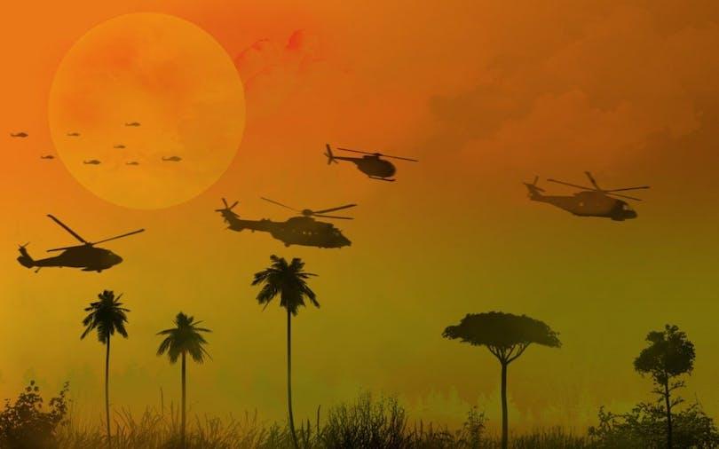 Bild från den kända bombningsscenen i filmen Apocalypse Now.
