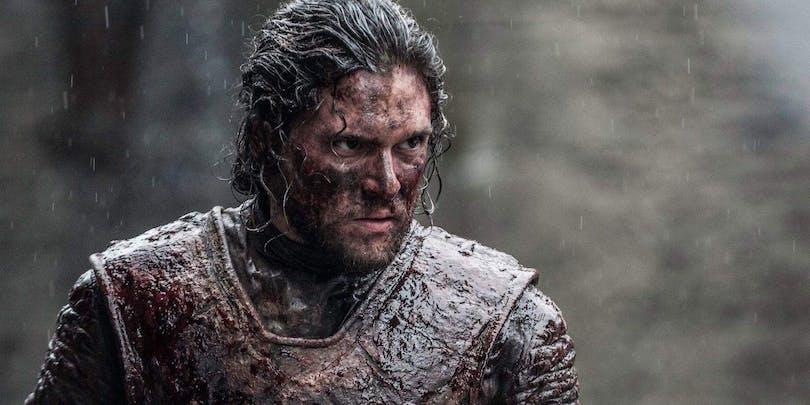 Blodtäckt Kit Harington i Game of Thrones