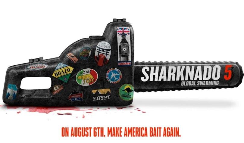 """En motosåg med titeln Sharknado 5 på och taglinen""""Make America Bait Again"""""""