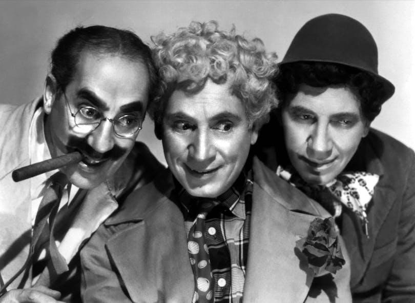 """Tre av bröderna Marx i """"Fyra fula fiskar"""""""