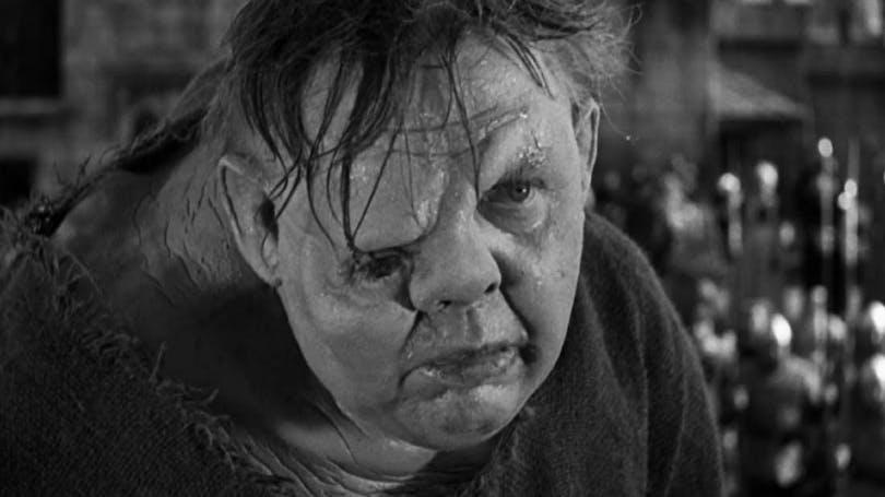 "Charles Laughton som Quasimodo i ""Ringaren i Notre Dame"""