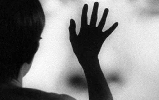 Stillbild ur Persona av Ingmar Bergman