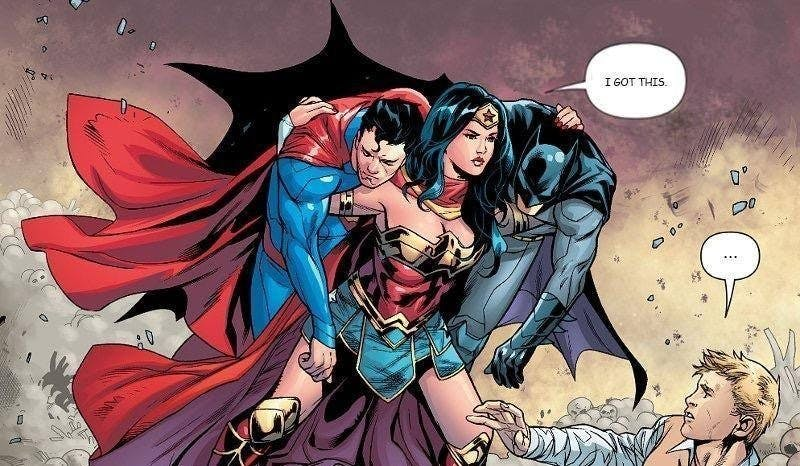 En animerad bild av Wonder Woman som bär både Batman och Superman på sina axlar.