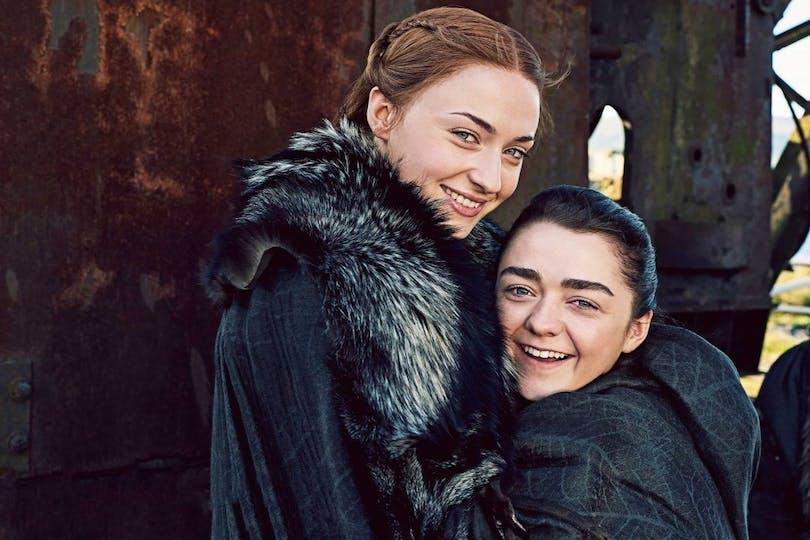 Sophie Turner och Maisie Williams i Game of Thrones