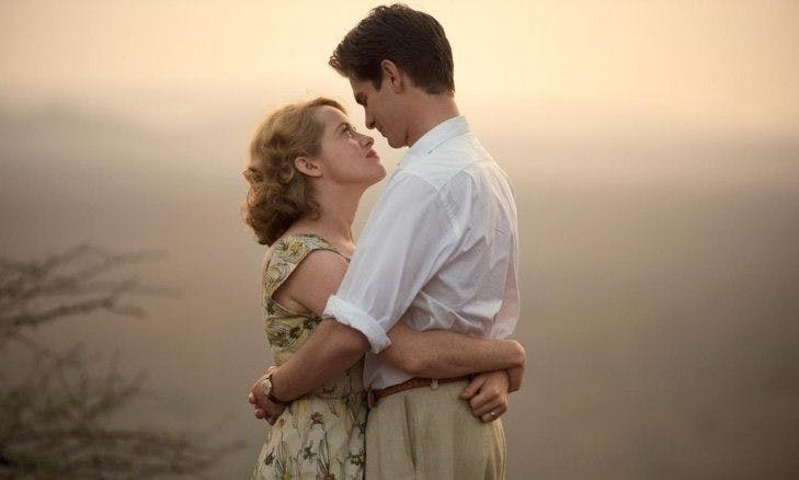 Andrew Garfield och Claire Foy i Andy Serkis drama Breathe.