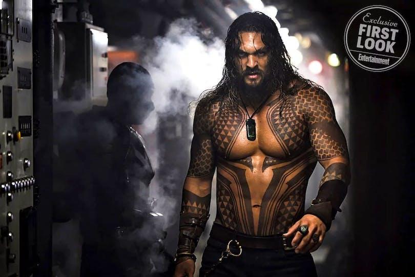 Första bilden på den råa skådespelaren Jason Momoa, på bilden ser vi Aquaman!