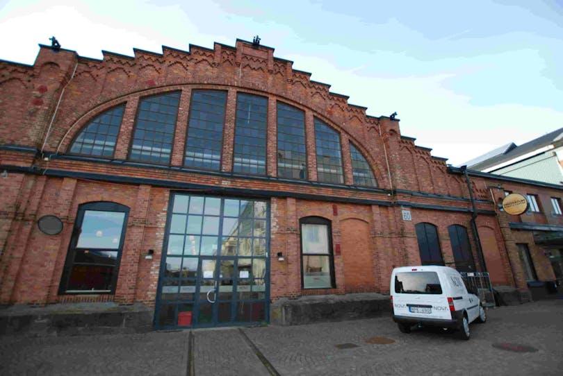 Bilden föreställer Trollywood, Trollhättans inspelningsstudio. Svenska filmälskare bör definitivt besöka denna!