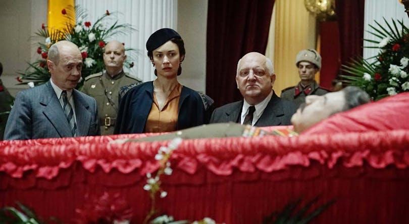 Vid Stalins kista i The Death of Stalin av Armando Iannucci