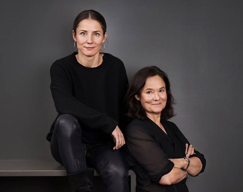 Tuva Novotny och Pernilla August.