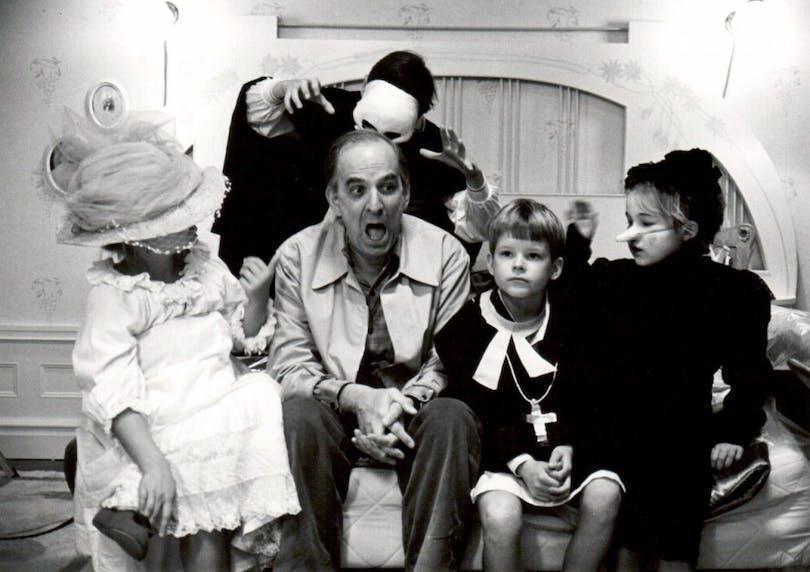 Ingmar Bergman under inspelningen av Fanny och Alexander.