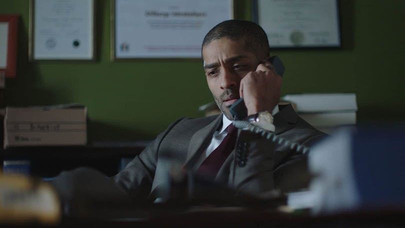 Alexander Karim i tv-serien Advokaten.