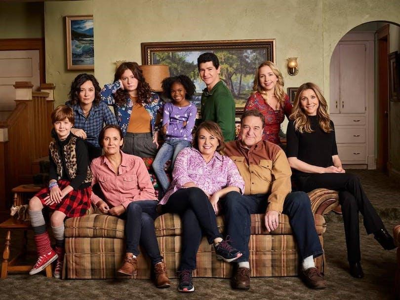 Skådespelarna som medverkar i den nya Roseanne.