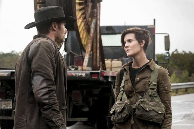 Garret Dillahunt och Maggie Grace i Fear the Walking Dead