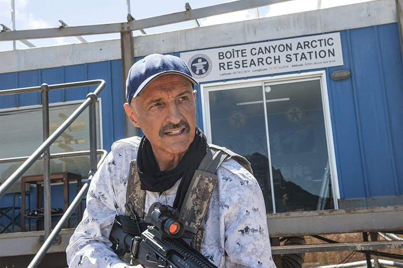 Michael Gross i Tremors: A Cold Day in Hell.