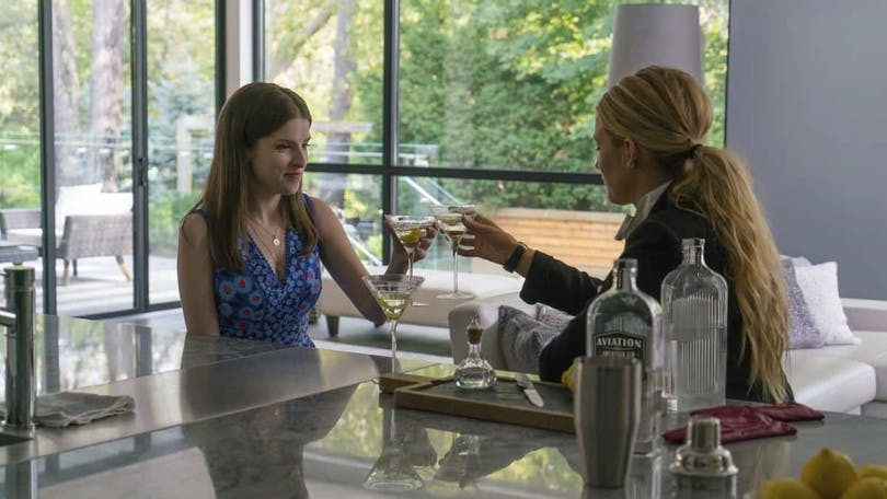 Anna Kendrick och Blake Lively i A Simple Favor.