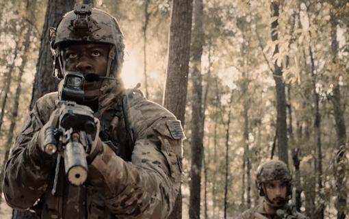 """Militärdramat """"Six"""" läggs ned –Efter två säsonger"""