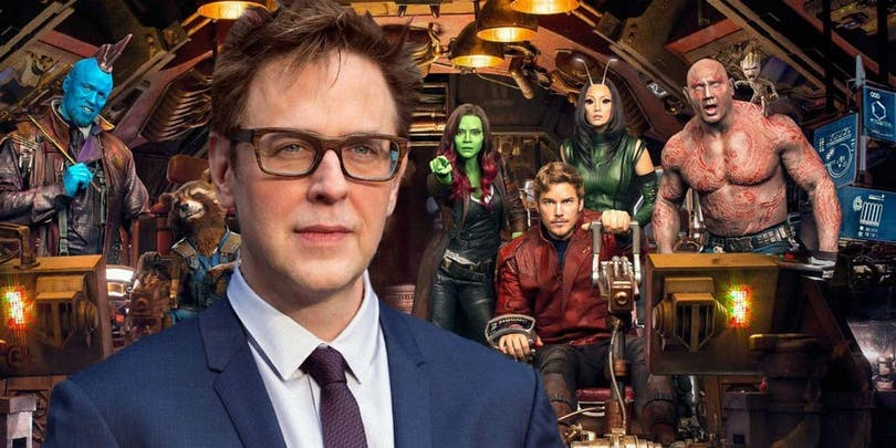 James Gunn och karaktärer från Guardians of the Galaxy.