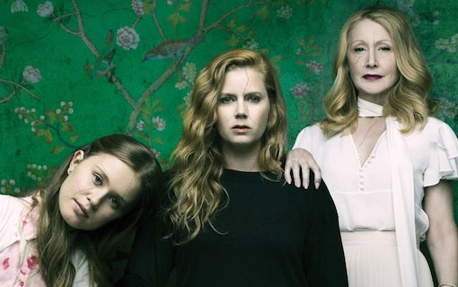 Hinten: Sharp Objects säsong 2 på väg