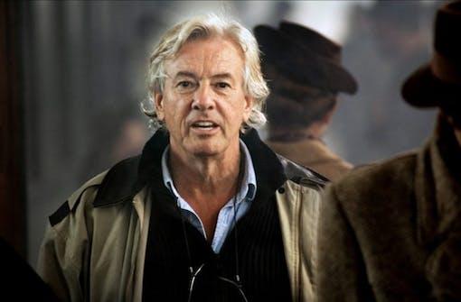 Paul Verhoeven jobbar på filmen Blessed Virgin