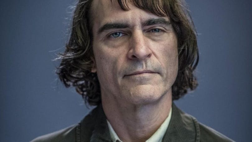 På bilden ser du Joaquin Phoenix som Arthur