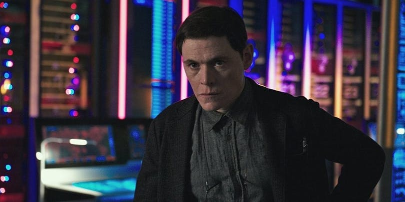 Burn Gorman i Pacific Rim: Uprising.