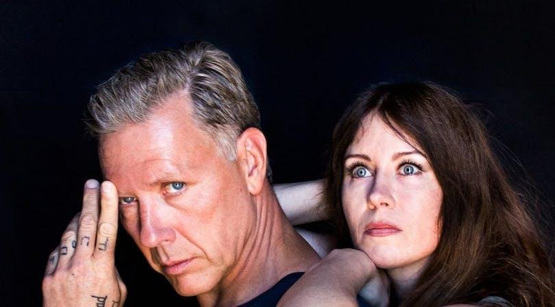 Mikael Persbrandt och Anna Odell. Foto: TriArt.