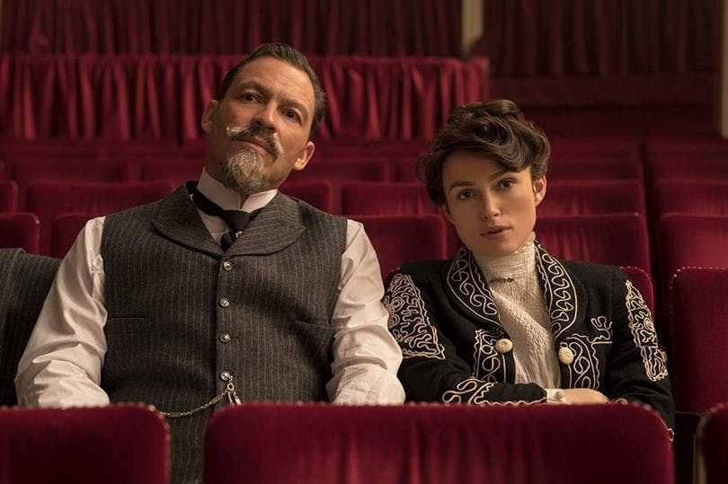 Dominic West och Keira Knightley i Colette.
