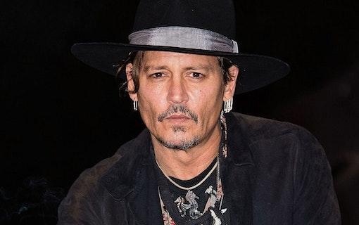 Johnny Depp som reporter i nya filmen Minamata