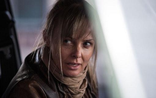 """EXKLUSIVT: Izabella Scorupco om """"Hidden: Förstfödd"""" och Bondbrunds-stämpeln"""