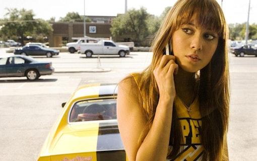 Mary Elizabeth Winstead är lönnmördare i Netflixfilm