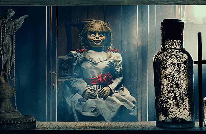 Bild på Annabelle i sin monter