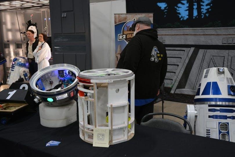 Här byggs Star Wars-robotar.