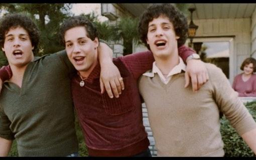 Berättelsen om de tre identiska främlingarna blir film
