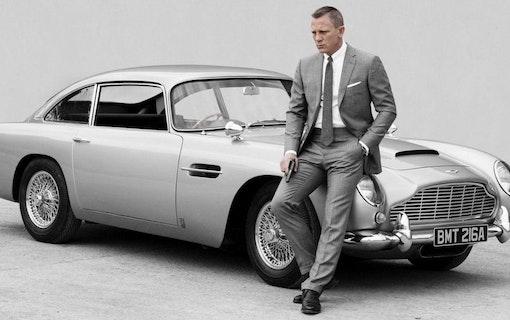 James Bond närmar sig – första poster släppt